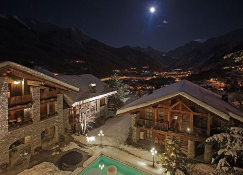 Mont blanc hotel village in valle d 39 aosta centri termali for Design hotel valle d aosta